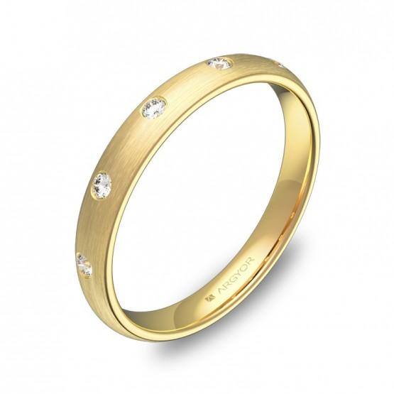 Alianza de media caña gruesa oro amarillo con diamantes A0130S5BA