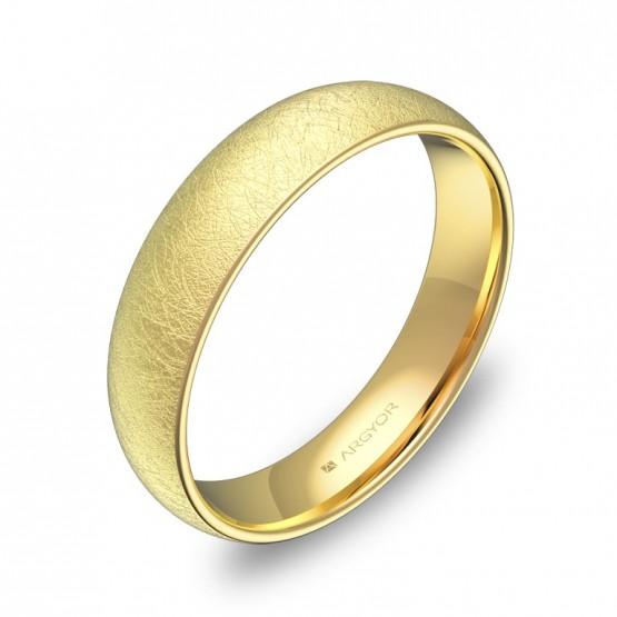 Alianza de media caña gruesa 4,5mm en oro amarillo hielo A0145H00A