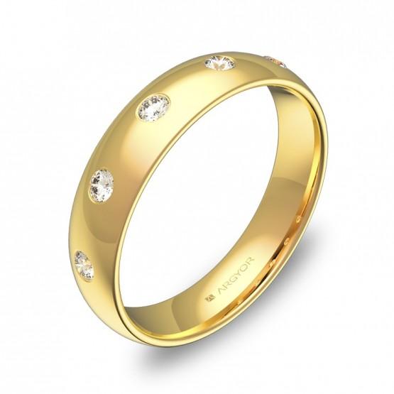 Alianza de media caña 4,5mm en oro amarillo con diamantes A0145P5BA