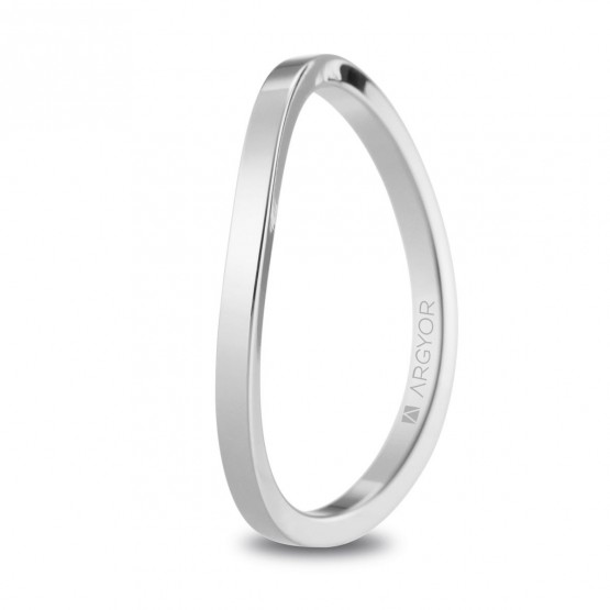 Alianza de boda de oro blanco con diseño asimétrico (5B17532)