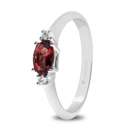 Anillo de oro blanco con rubí y diamantes (0517003R)